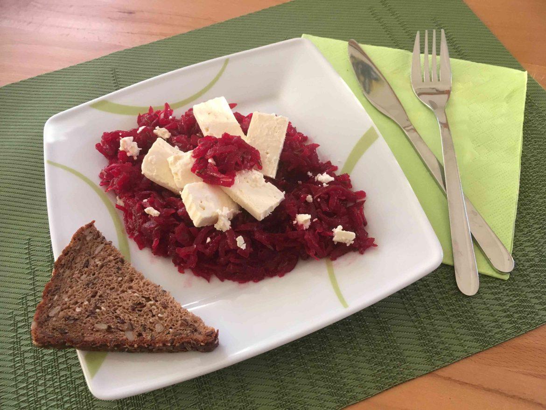 Rezept Salat aus Roten Rüben und Schafskäse